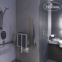 Фото отеля DoubleTree by Hilton Lincoln 4*