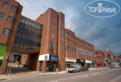 Travelodge Leeds Vicar Lane 3*