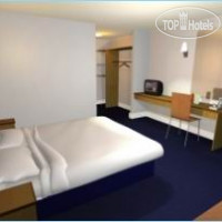 Фото отеля Travelodge Croydon Central 3*