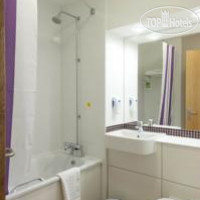 Фото отеля Premier Inn London Gatwick Airport East (Balcombe Road) 3*