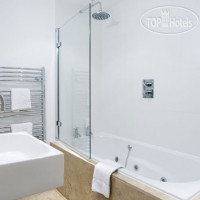 Фото отеля Hatton Court 4*