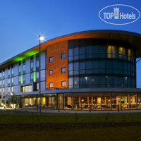 Фото отеля Holiday Inn Salisbury-Stonehenge 4*