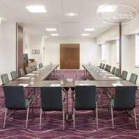 Фото отеля Holiday Inn Express Tamworth 3*