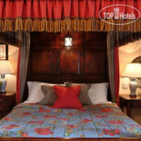 Фото отеля Bear of Rodborough Hotel 3*