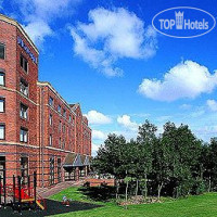 Фото отеля Novotel Newcastle Airport 3*