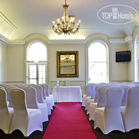 Фото отеля Mercure Cheltenham Queen's 4*
