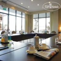 Фото отеля Crowne Plaza Reading 4*