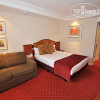Фото отеля Holiday Inn Manchester Airport 3*