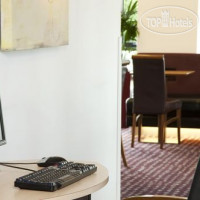 Фото отеля Holiday Inn Express Hemel Hempstead 3*