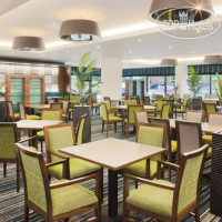 Фото отеля Holiday Inn Express London-Heathrow T5 3*