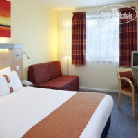 Фото отеля Holiday Inn Express Leeds City Centre-Armouries 3*