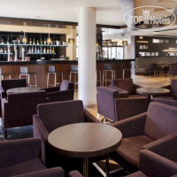 Фото отеля Holiday Inn Express London-Epsom Downs 3*