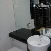 Фото отеля Holiday Inn Express Birmingham-South A45 3*