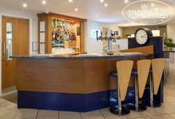Holiday Inn Express Lichfield 3*