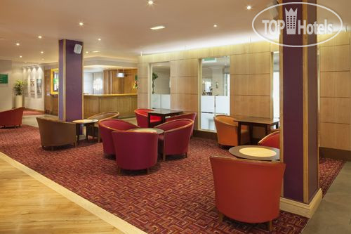 Holiday Inn Express Stoke On Trent 3*