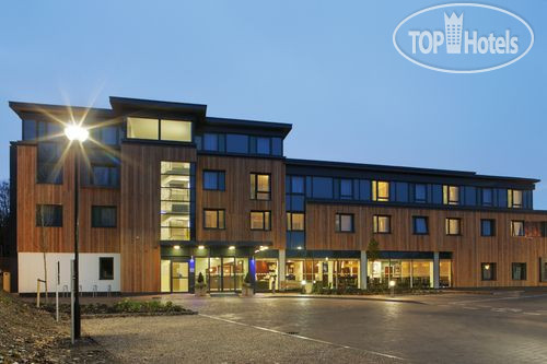 Holiday Inn Express Cambridge-Duxford M11, Jct.10 3*