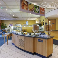 Фото отеля Holiday Inn Express Gloucester-South M5, Jct.12 3*