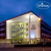 Фото отеля Holiday Inn Express Chester-Racecourse 3*