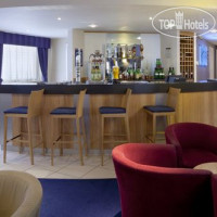 Фото отеля Holiday Inn Express Portsmouth-Gunwharf Quays 3*