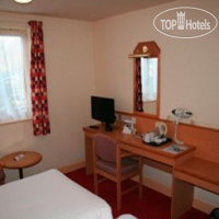 Фото отеля Days Inn Tewkesbury Strensham 3*