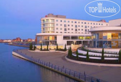 Ramada Plaza Southport 4*