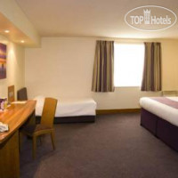 Фото отеля Premier Inn Belfast City Cathedral Quarter 3*