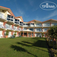 Фото отеля Picton Beachcomber Inn 3*