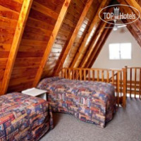 Фото отеля Mountain Chalet Motels 3*
