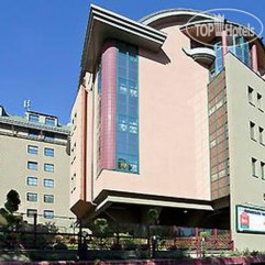 Ibis Budapest Heroes Square 3*