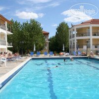 Фото отеля Village Inn Studios & Family Apartments No Category