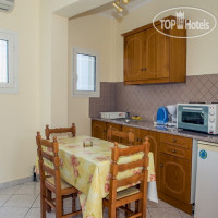 Фото отеля Bratis Apartments 3*