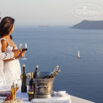 Фото отеля Canaves Oia 5* Wine Tating experience by the view