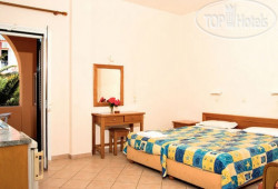 Christos Apartments 3*