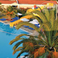 Roda Beach Resort & Spa 4*