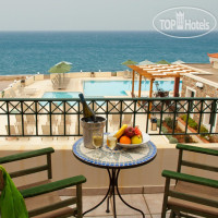 Фото отеля Messina Resort Hotel 3*