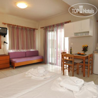Фото отеля Stavroula Hotel Apartments 2*