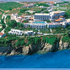 Peninsula Resort & Spa 4*