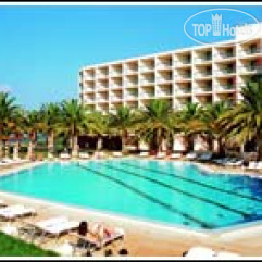 Sirens Beach 4*