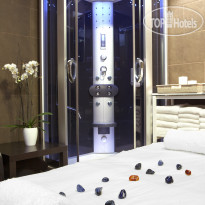 Фото отеля Fergus Style Plaza Paris Spa 4*