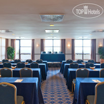 Фото отеля Amare Marbella Beach Hotel 4* Conference room