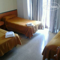 Фото отеля Arenal Pins Hostal 1*