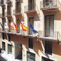 NH Barcelona Barri Gotic 3*