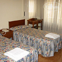 Фото отеля Hostal Lamalonga 2*