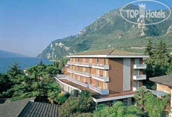 Ideal Hotel 4*
