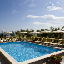Фото отеля Vittoria Pesaro 5* Swimming-pool