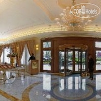 Фото отеля Grand Visconti Palace 4* Рецепция