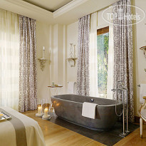 Фото отеля Four Seasons Hotel Firenze 5* Номер