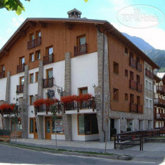Residence Le Grand Chalet Courmayeur