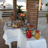 Фото отеля Montesole Holiday Bed & Breakfast 3*
