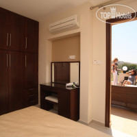 Фото отеля Avillion Holiday Apartment Complex 3*